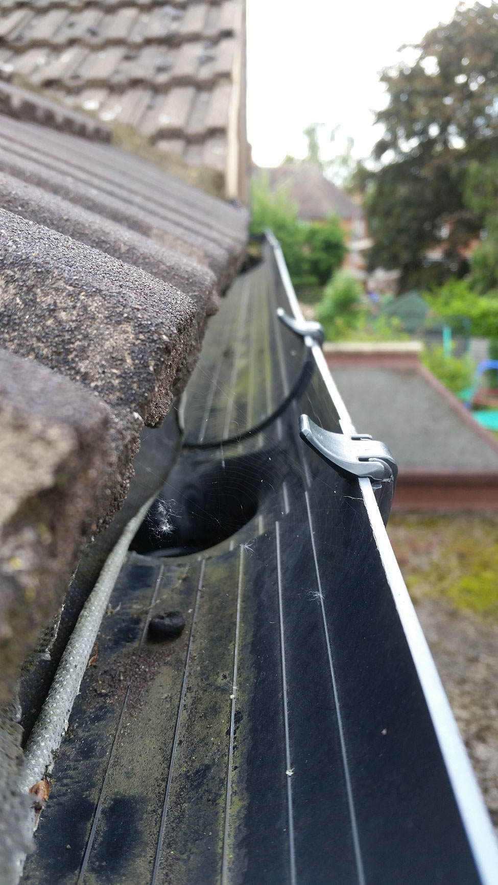 Gutter Cleaning and Unblocking